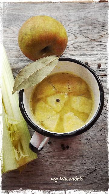 curry krem z selera z indykiem i jabłkiem