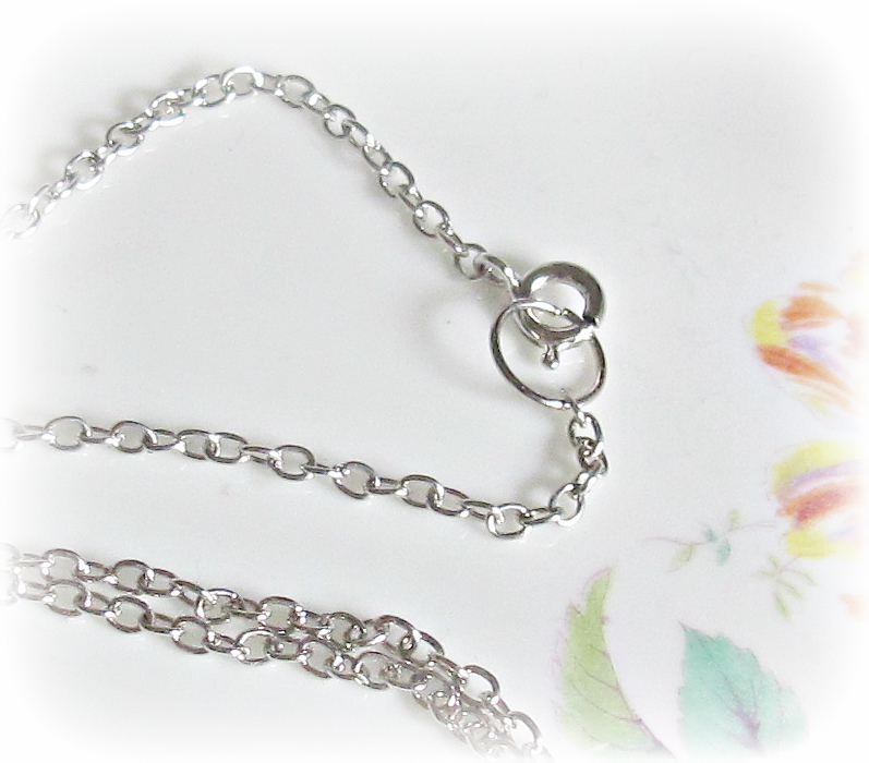 image attach jewellery clasp and closure to your chain to make a necklace