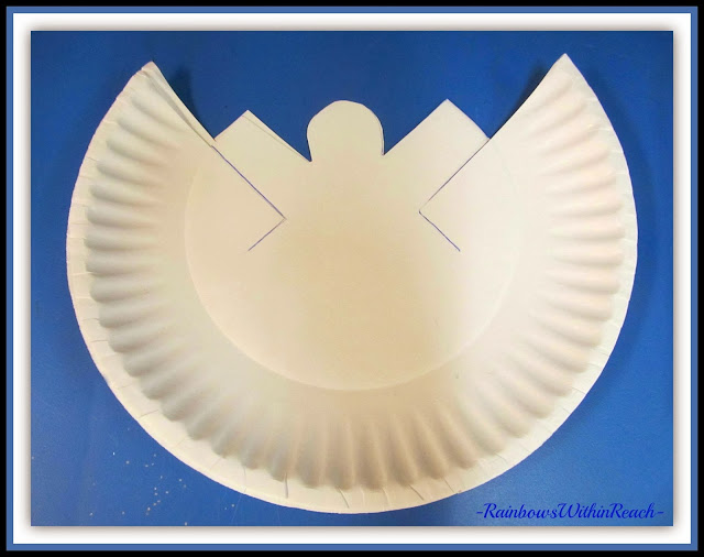 Angel Pattern from Paper Plate for Christmas via RainbowsWithinReach