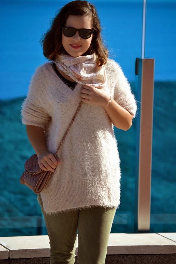 look_outfit_botines_DIY_purpurina_jersey_pelo_lolalolailo_05