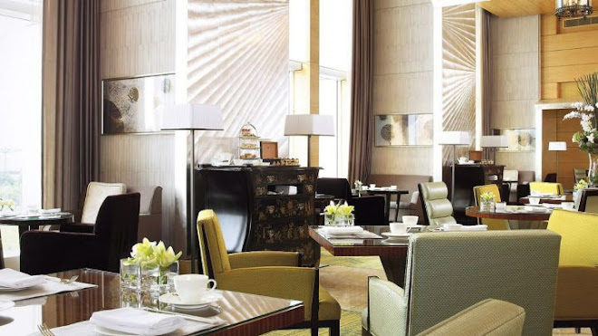 Place - The Lounge, Four Seasons, Hong Kong