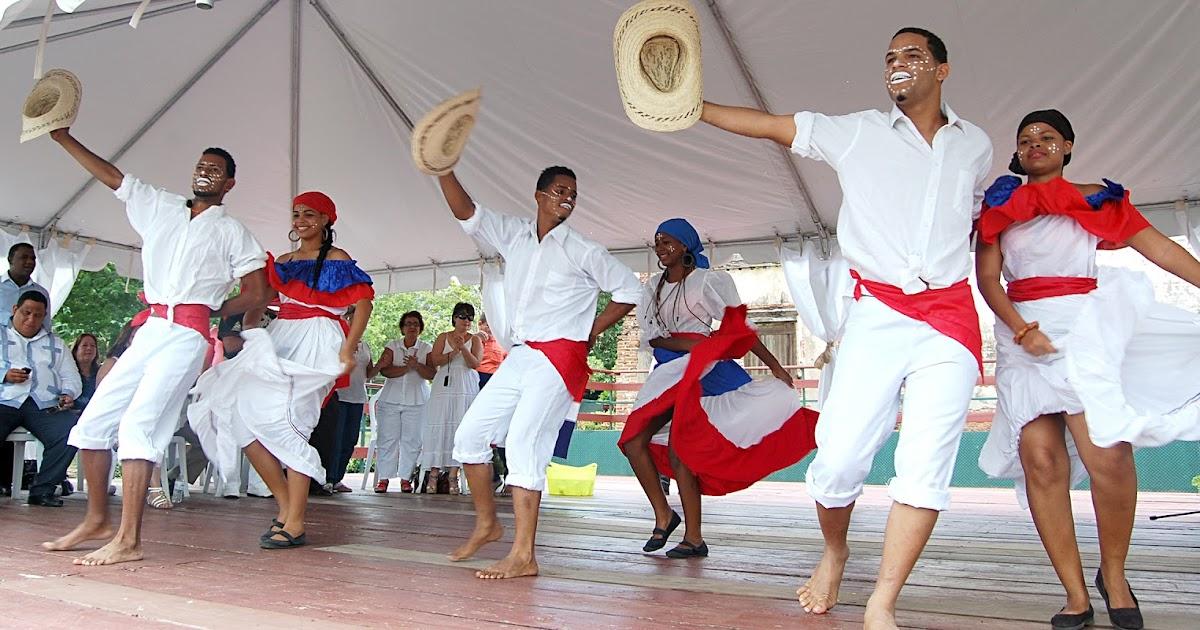 Azua se destaca en festival de cultura en caguas puerto for Actividad de perros en el jardin botanico de caguas