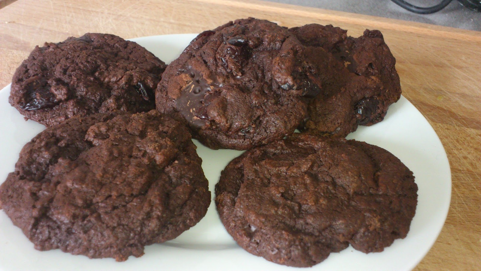 how to make chocolate biscuits