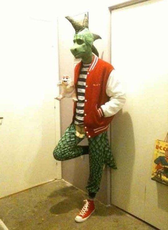1bpblogspotcom fvh g9mwfrkujo1i4nyjtiaaaaaaaahbmwuerdjag0m8s1600 crazy halloween costume ideas part2 18jpg
