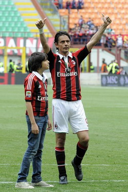Filippo Inzaghi and his son after his last game for AC Milan