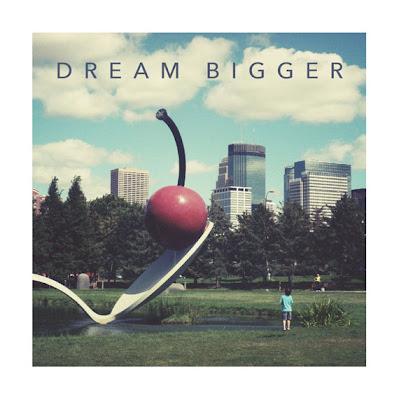 spoonbridge with cherry photo - text dream bidder