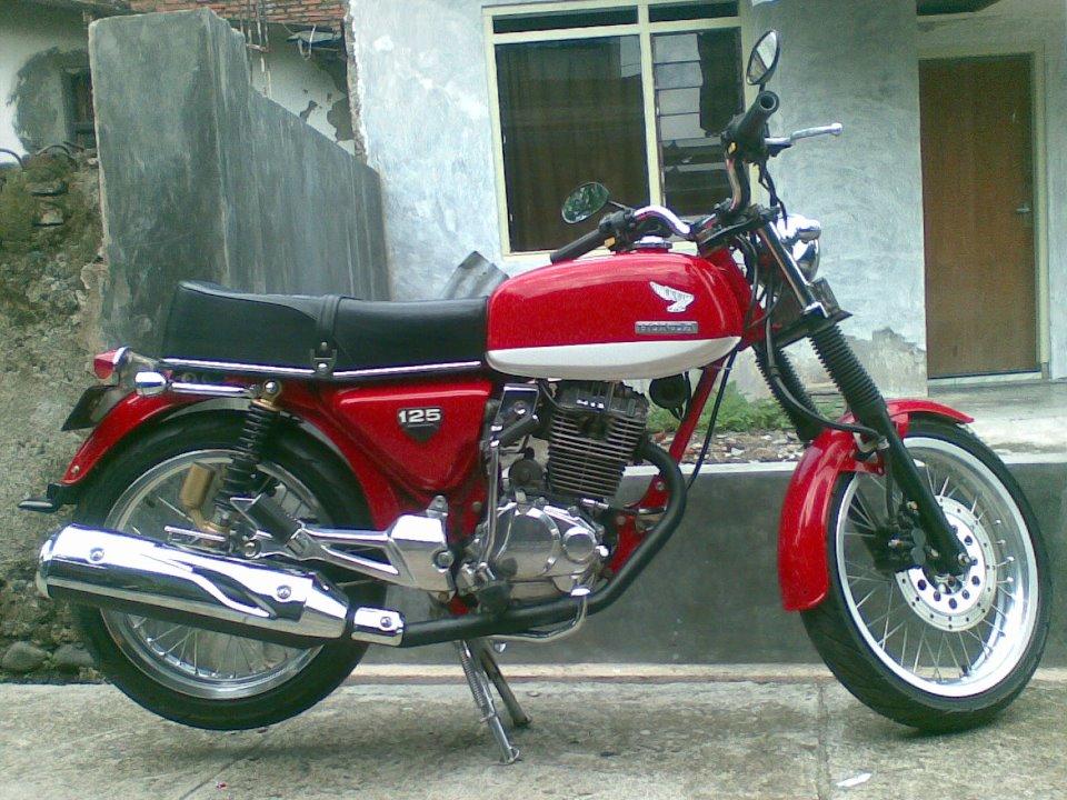 Honda CB 125 Motorcycle