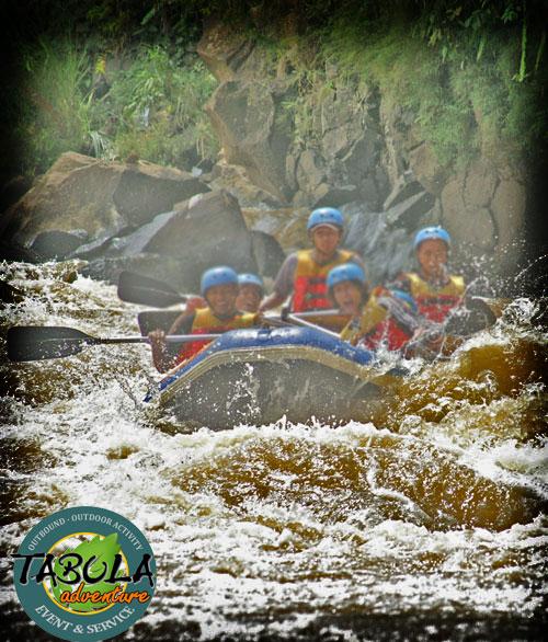 Paket wisata arung jeram sungai palayangan pangalengan paket wisata