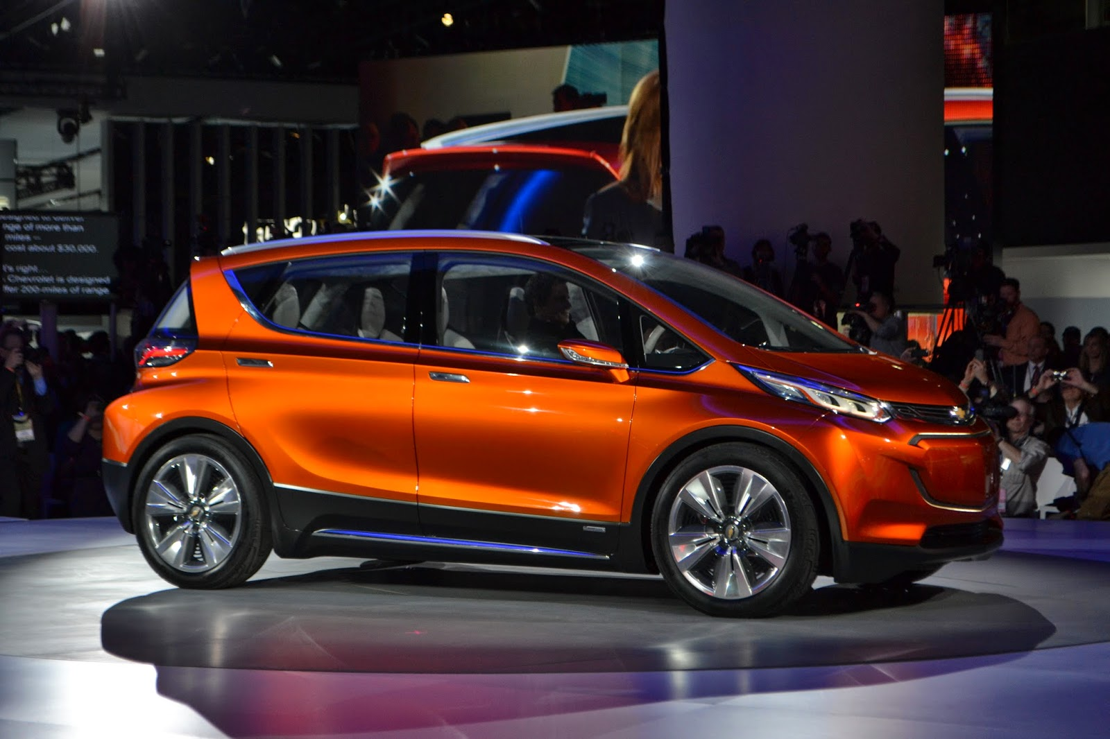 Chevrolet Detroit Auto Show Debut: Bolt Electric Car