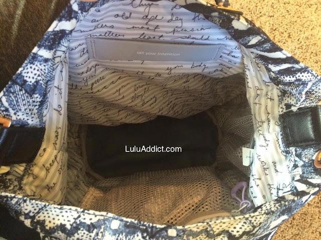 lululemon-wanderlust-diversity-bag inside