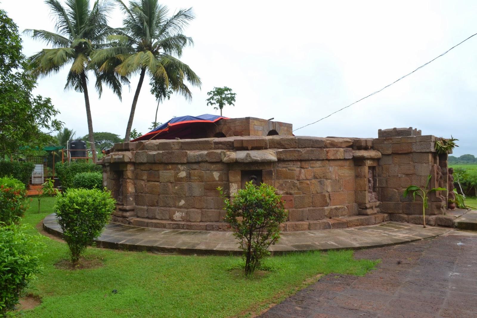 64 yogini ( chausath yogini) temple