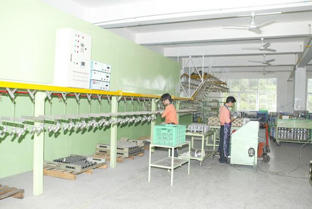 Thiết bị xử lý Phosphate bề mặt kim loại