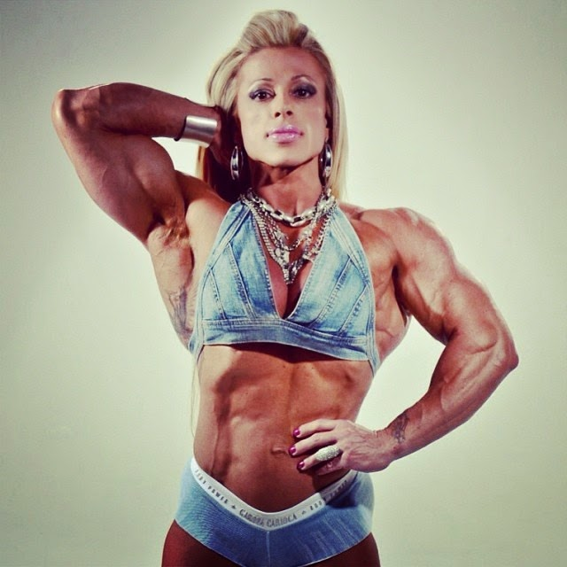 professional female bodybuilder