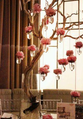 Bodas arreglos florales y centros de mesa altos - Como decorar un arbol seco ...