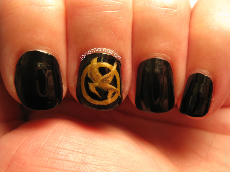 Sonoma Nail Art: Hunger Games: The Nails On FIRE