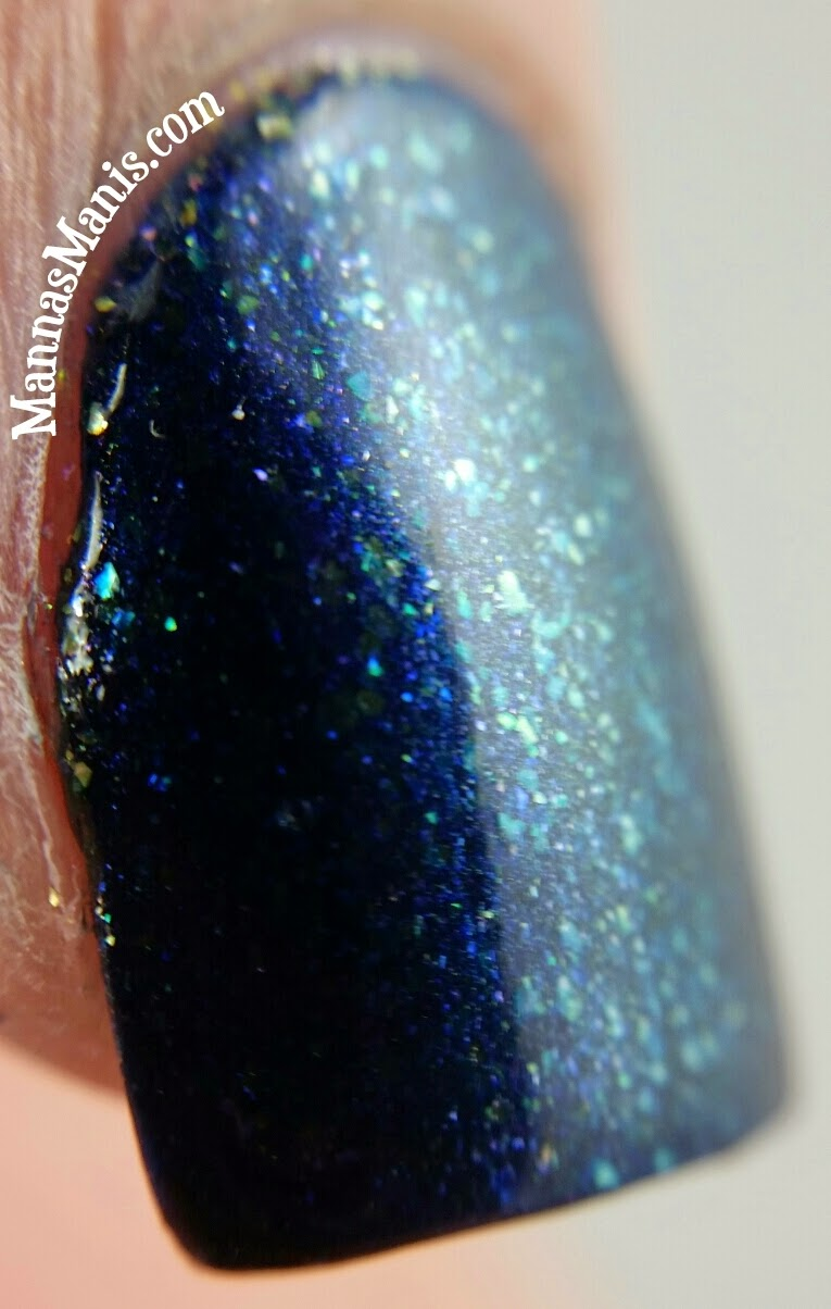 fingerpaints queen for a night, a blue shimmer nail polish