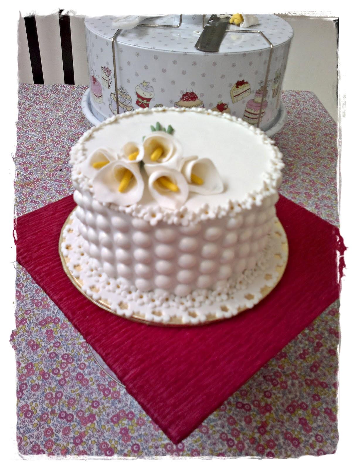 BUBBLE WRAP CAKE Exclusive by Bakin Goodies