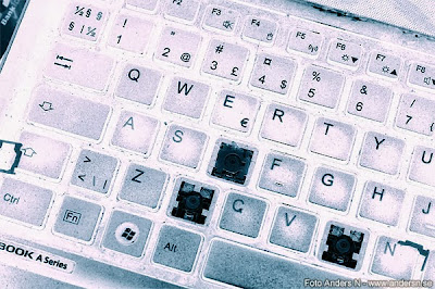 broken keyboard, trasigt tangentbord