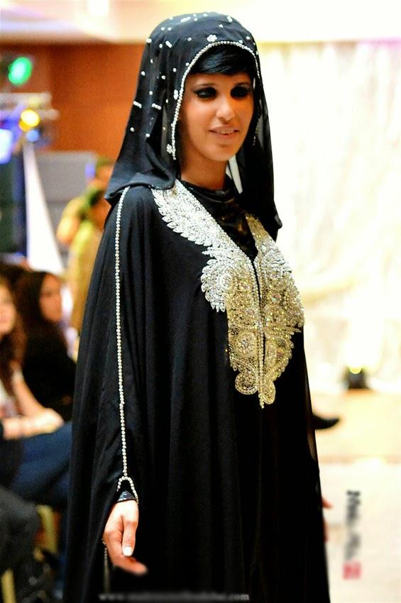 Comment mettre hijab avec caftan