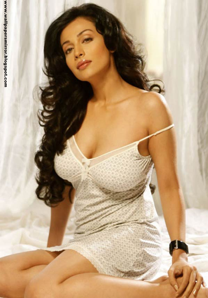 10 hottest south indian actress hd wallpapers