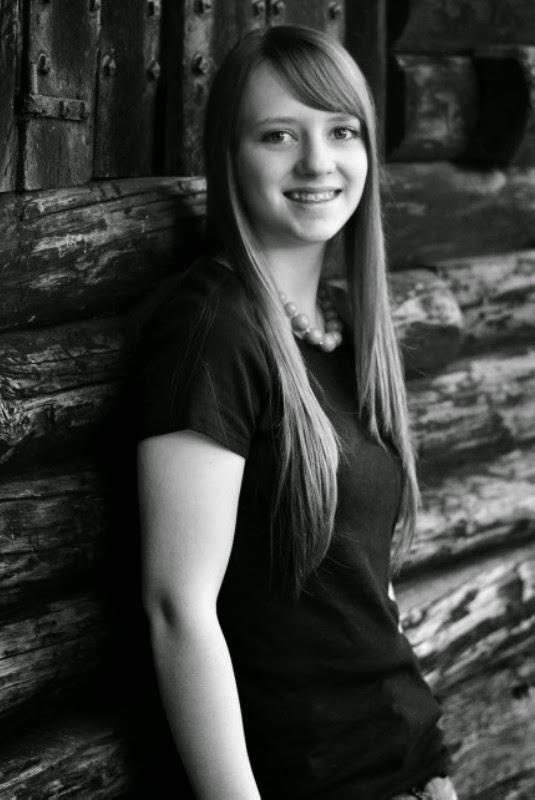 Kaitlyn (19)