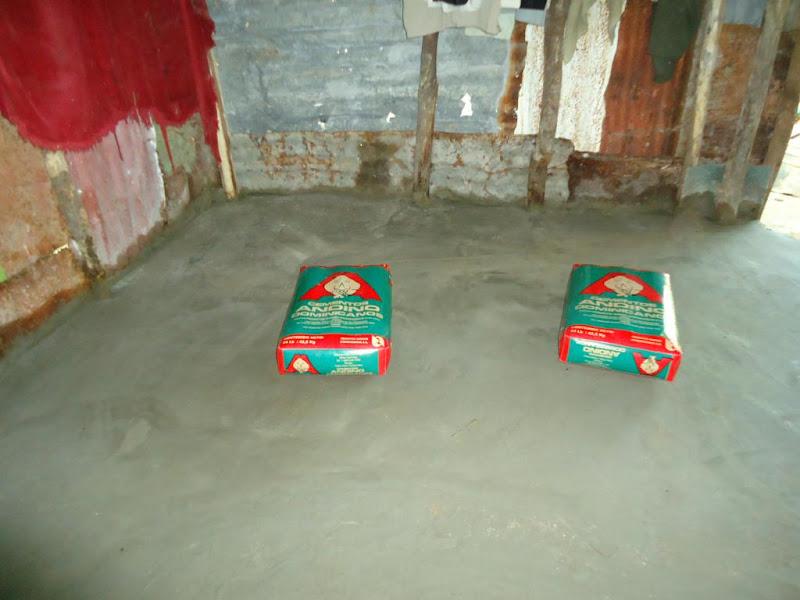 En la uni n est la fuerza empresas cementos andino e for Nivelar piso de tierra