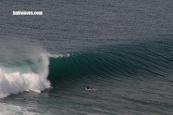 איזו תמונה!!!  ulu משקפת את העוצמה של החוף הזה