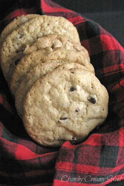 thickandchewyccc2 CCC Monday: Thick and Chewy Chocolate Chip Cookies