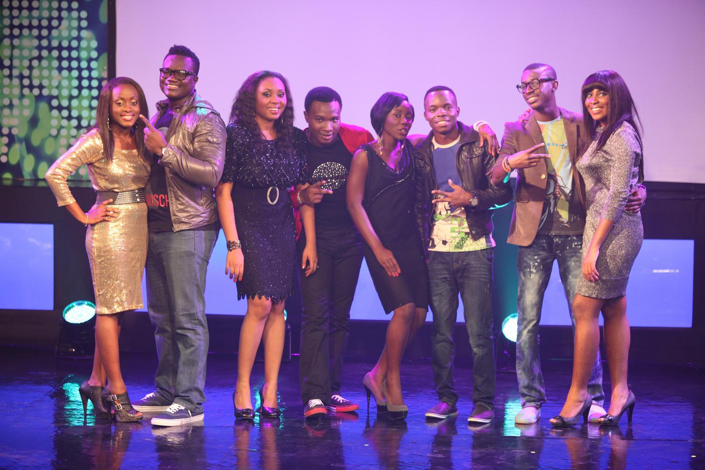 http://1.bp.blogspot.com/-FYVeTuSQI5Y/TpWgnW9A3MI/AAAAAAAAAWo/Y2RsUucvwkM/s1600/Glo+Naija+sings.JPG
