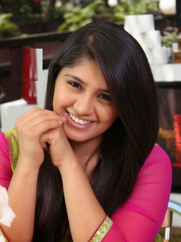 Chandni Bhagwanani HD Wallpapers Free Download