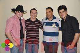"""Victor & Matheus em Cedral, com presença especial de Claudio """" Prefeito de Uchôa"""" 16/03"""