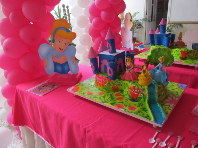 Fiesta de princesa aurora imagui for Decoracion de princesas