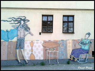 Mural ścian Klub Kultury w Mydlnikach