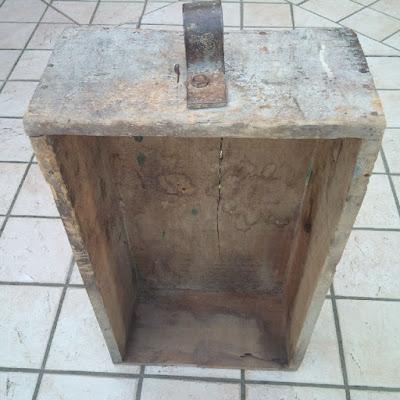 vecchia scatola di legno