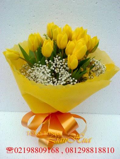 handbouquet tulip kuning