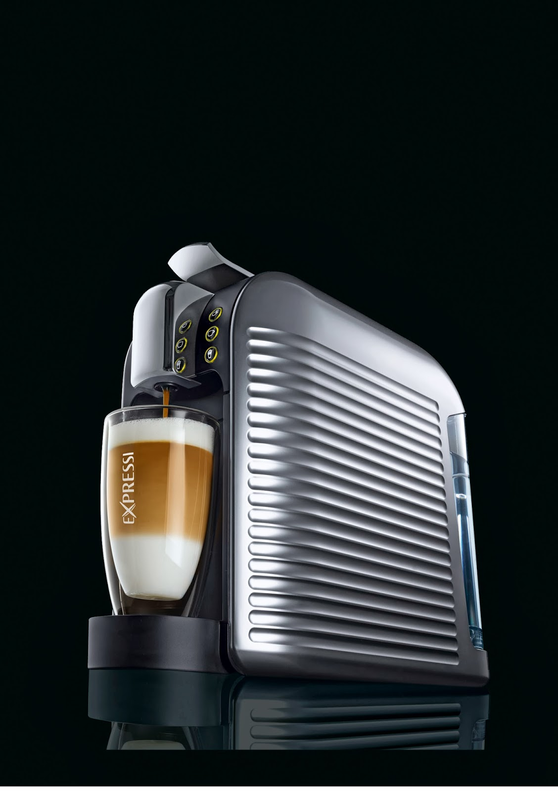 aldi expressi kaffeemaschine f r 69 99 kaffeekapseln. Black Bedroom Furniture Sets. Home Design Ideas