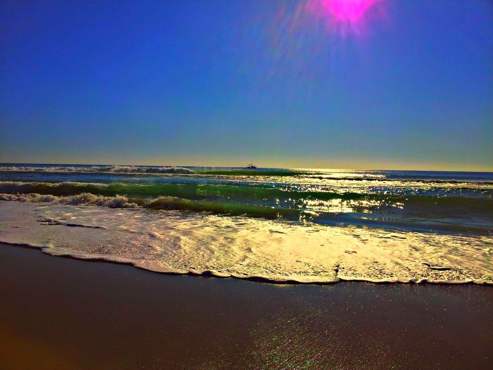 Atlantic Ocean by Leigh Powell HInes @Hinessightblog (NC Coast)