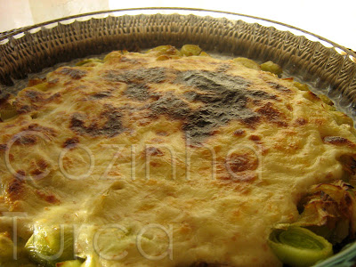 Alho-Francês Gratinado (Fırında Peynirli Pırasa)