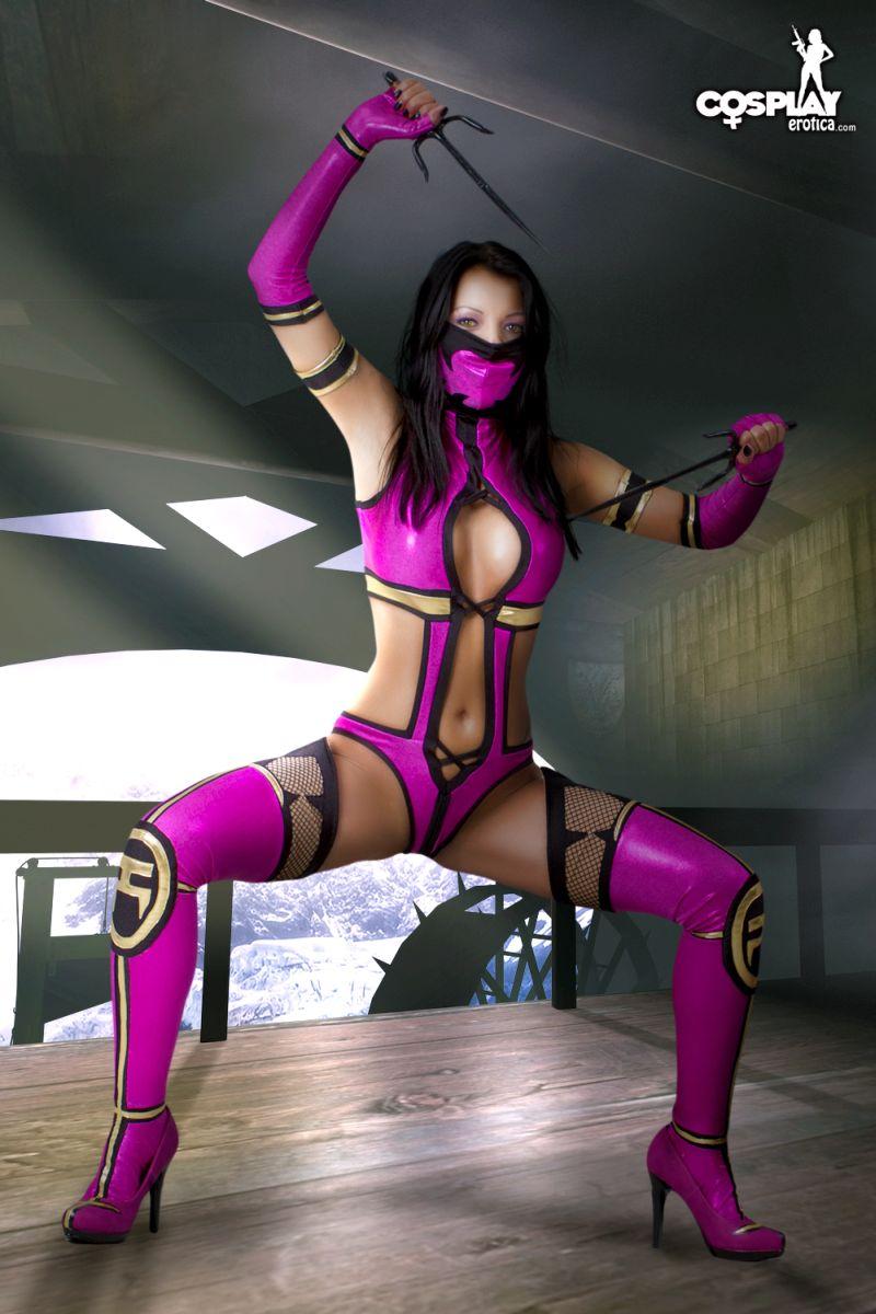 Mortal kombat mileena cosplay nude