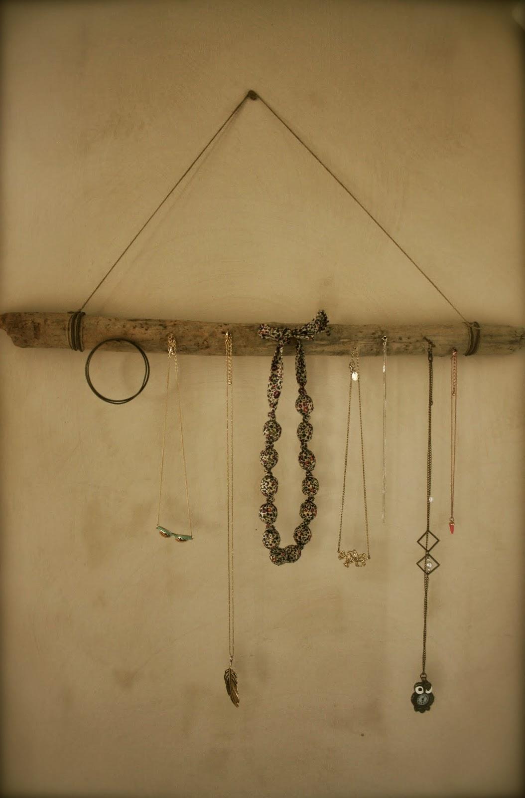 Berühmt Noix de cocoon: Porte-bijoux fait maison CB46