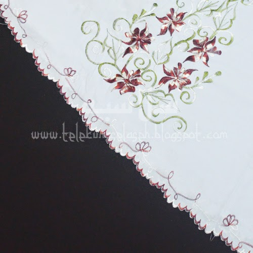 Telekung Vietnam bunga merah tua / daun hijau-putih sulam bunga timbul