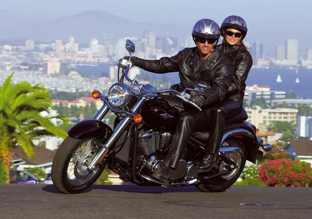 Louco por Motos  Kawasaki Vulcan 900 2011  uma grande estradeira
