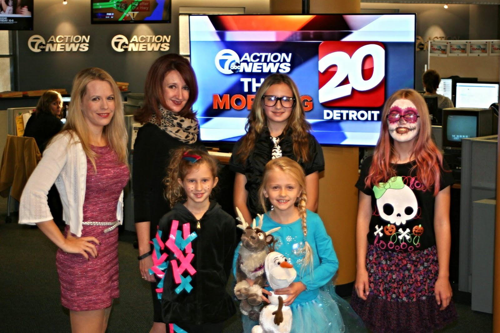 TV20, Channel 7, News, Detroit, DIY, costumes, Halloween