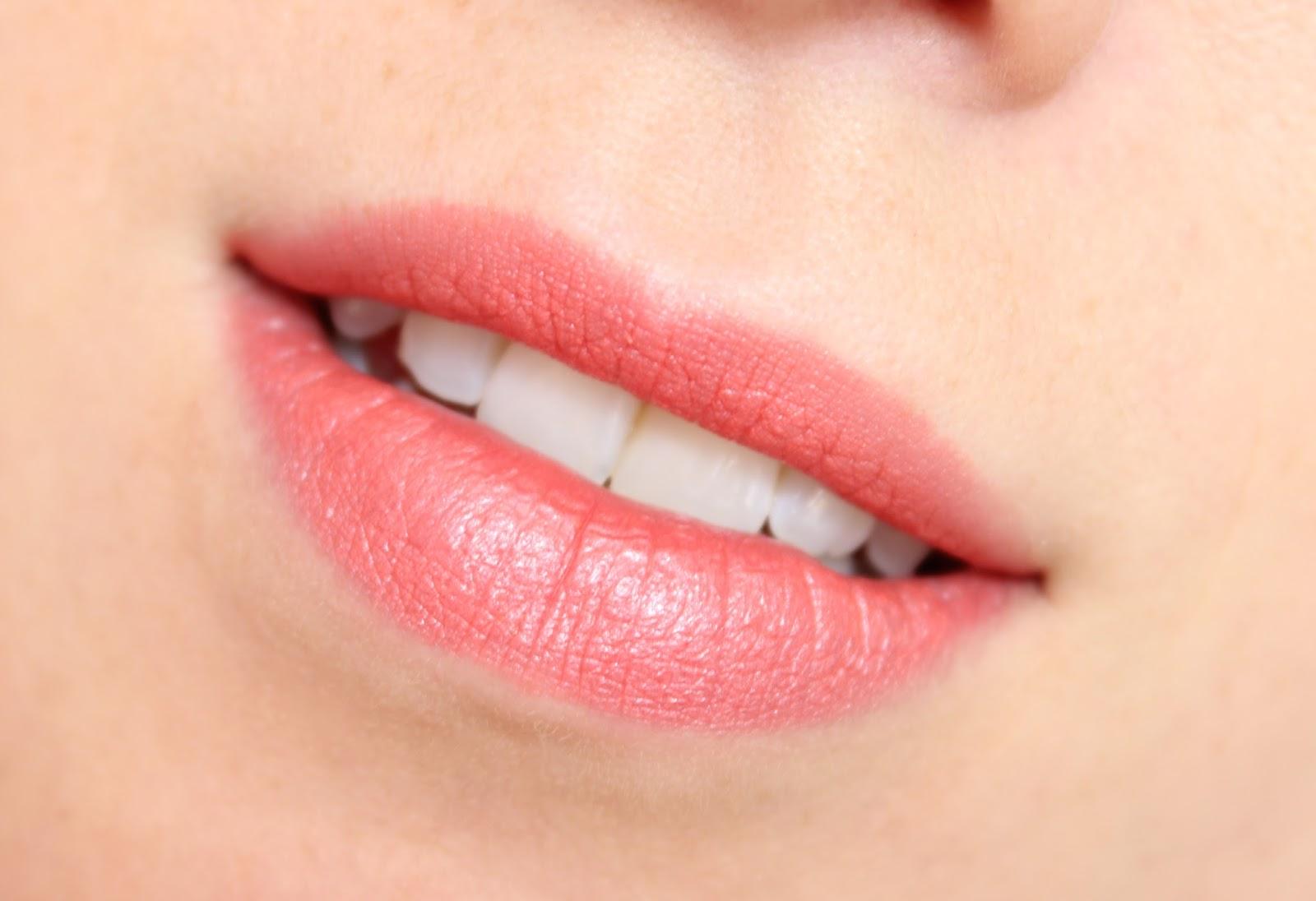 MAC Costa Chic Lipstick | Review & Swatches | BRITISH ...