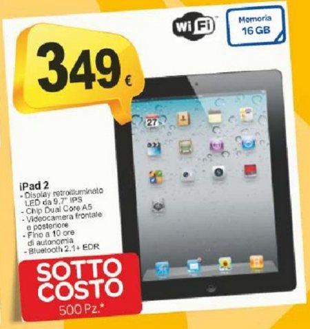Volantino sottocosto Carrefour con iPad 2 in offerta a 349 euro