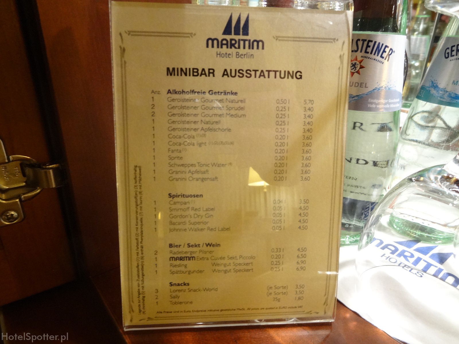 Maritim Hotel Berlin - ceny minibar prices