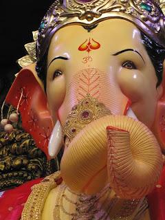 Lalbaugcha Raja 2011 Photos