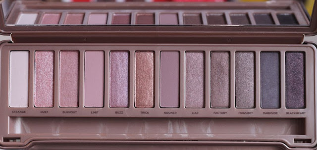 urban decay naked 3 eyeshadow palette a little obsessed. Black Bedroom Furniture Sets. Home Design Ideas