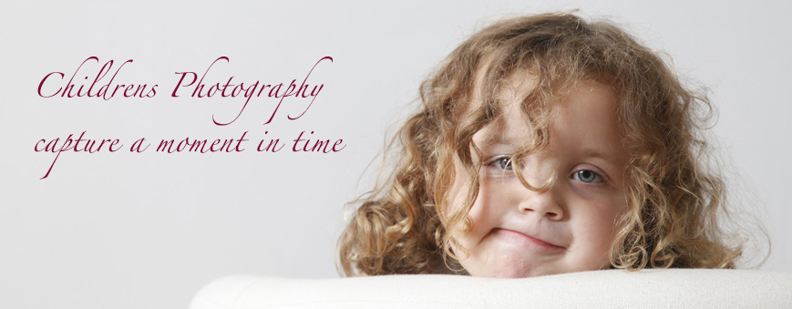 Catching Those Affectionate And Grumpy Glances Between Your Children In A Portrait Photo Can Immortalise These Precious Times Kids Will Love To