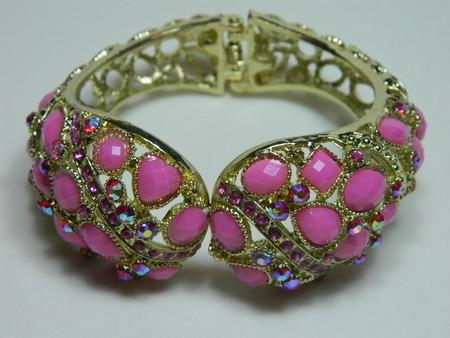bracelete de pedras